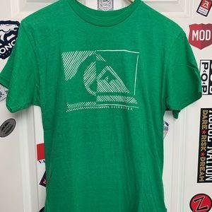 Green Quiksilver logo tee shirt